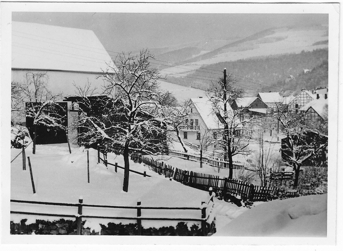 Verschneites Dorf 1958